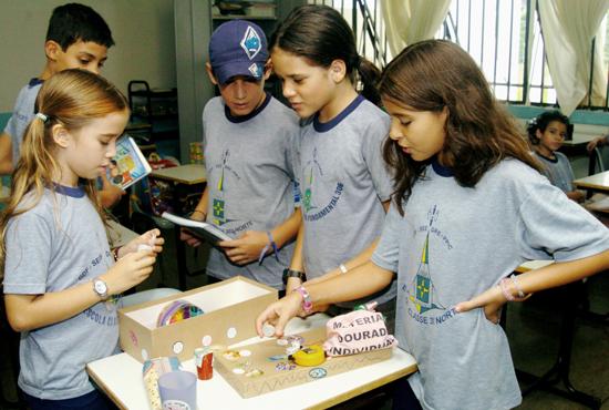 Estudantes de escolas da rede pública de todo o país com turmas do 5º ano do ensino fundamental serão submetidos em novembro a avalições previstas no Saeb (Foto: Tereza Sobreira/MEC – 3/9/10)