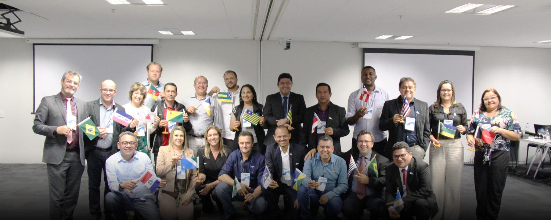 Colegiado Ampliado da Undime se reúne em Brasília Grupo se reúne em Brasília
