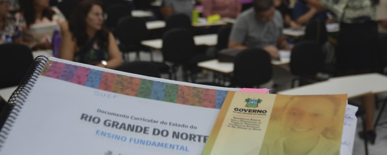 Profissionais da educação do RN participam do último ciclo de formação do Documento Curricular