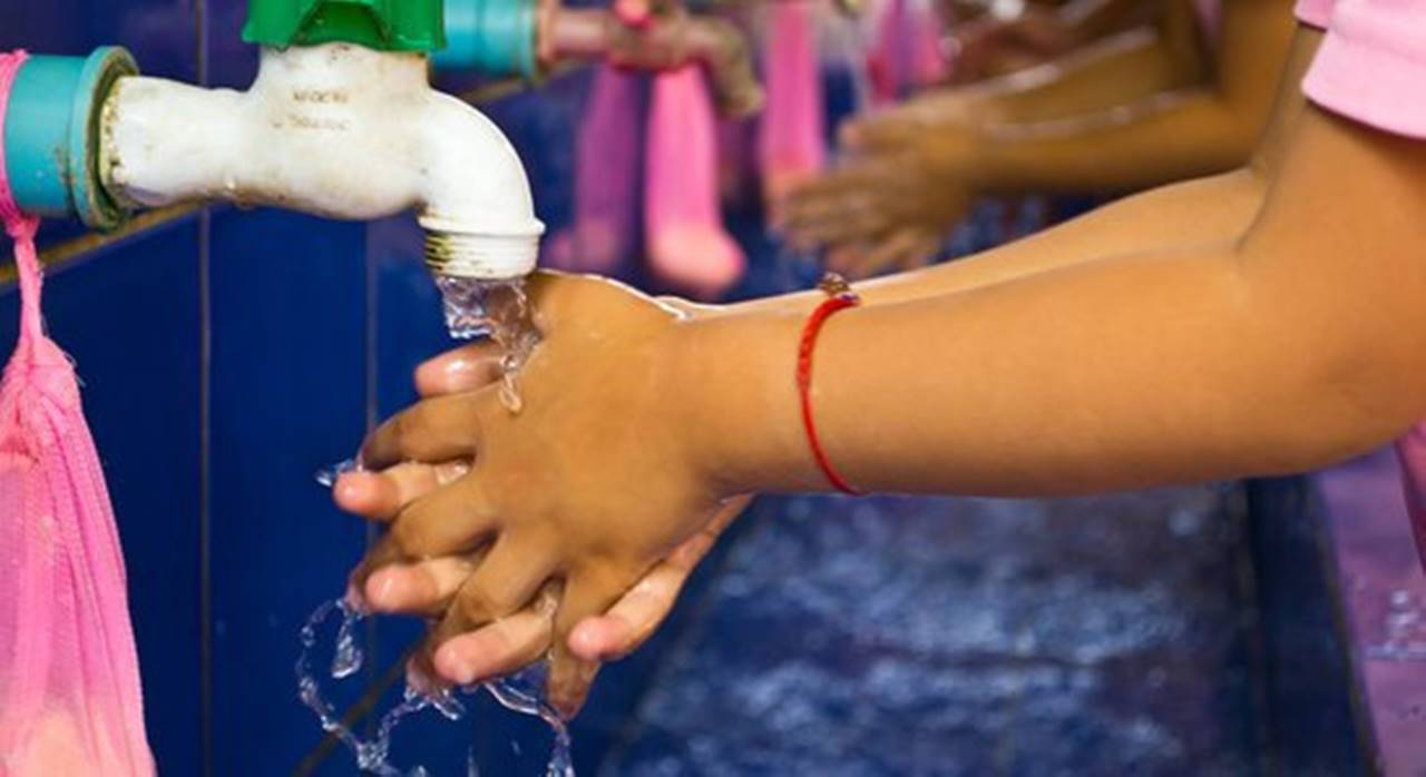 Cerca de mil escolas podem receber dinheiro para colocar água em suas instalações