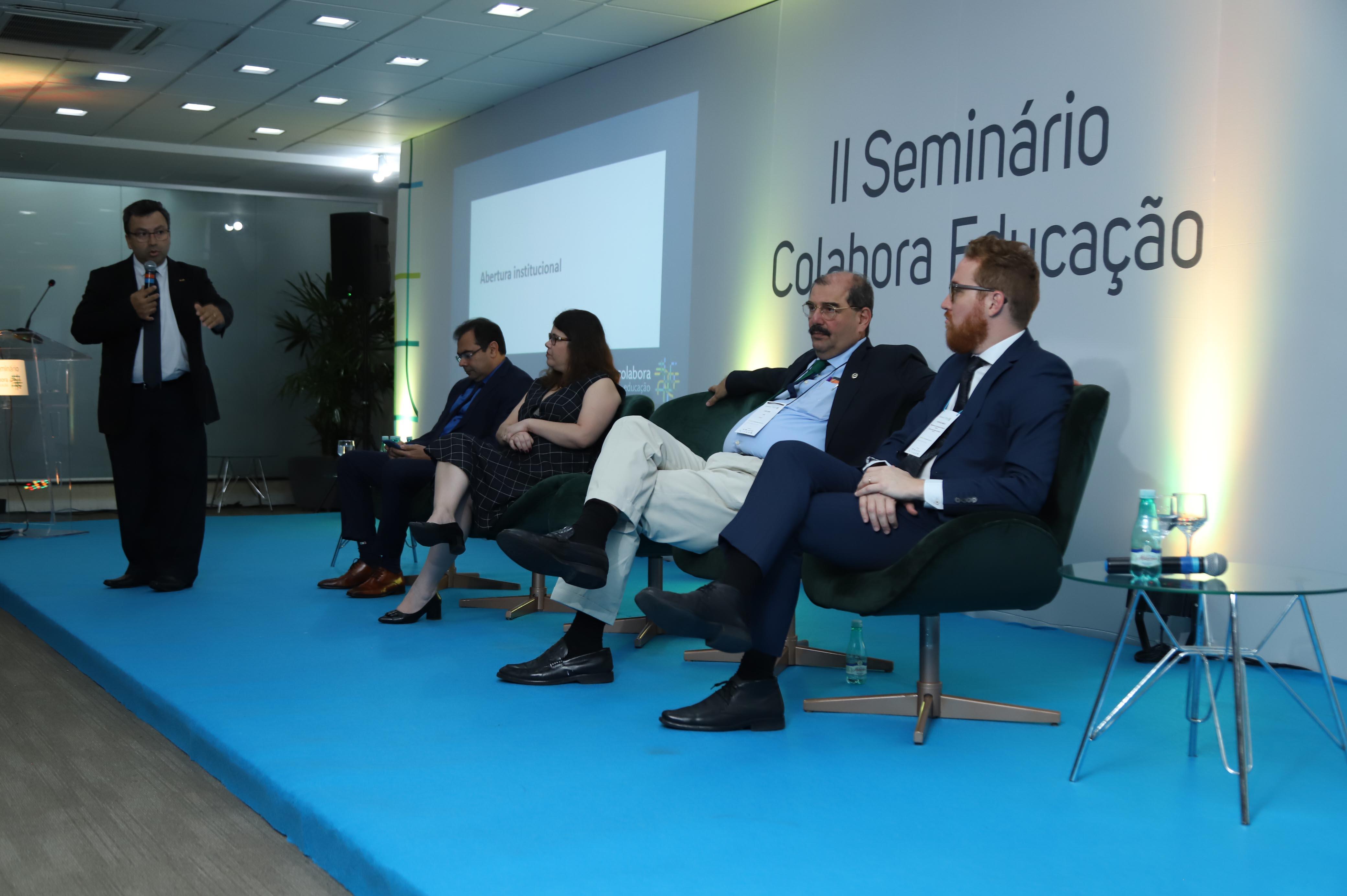 Undime defende fortalecimento da gestão municipal em seminário do Colabora Educação