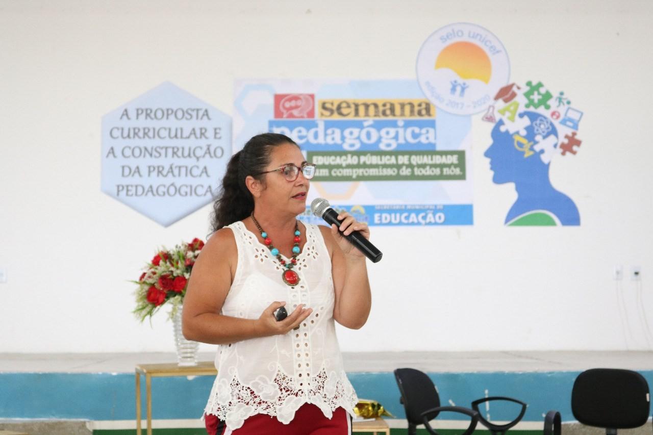 Palestras e oficinas apoiam a implementação da BNCC na Paraíba