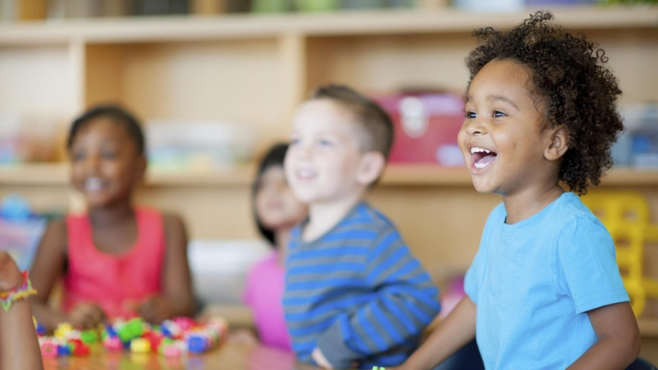 Nova Escola lança guia sobre mudanças na Alfabetização com a BNCC