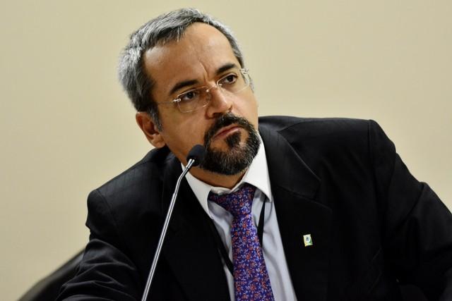 Críticas e expectativa marcam reações de entidades ao nome do 2º ministro da Educação do governo Bolsonaro