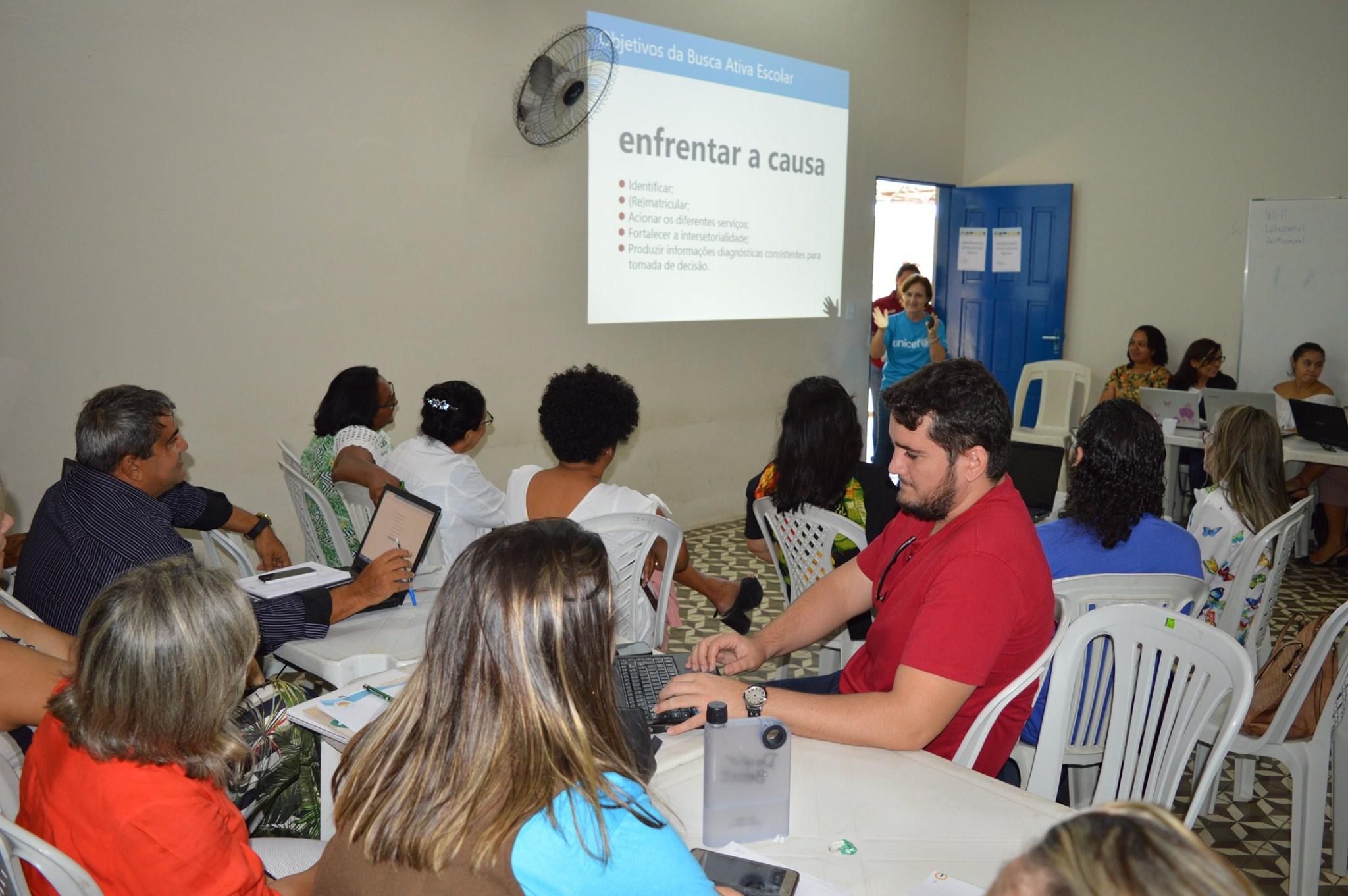 Equipes do RN particpam da oficina Busca Ativa Escolar e Conviva Educação