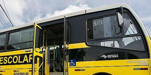 Proposta autoriza professor a usar assentos vagos em transporte escolar público