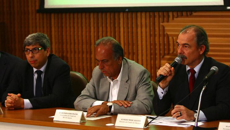 Sudeste é terceira região do país a receber lançamento do pacto; Mercadante vai ao Rio