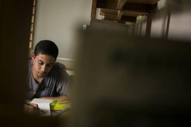 Pretos e pardos são maioria nas universidades públicas no Brasil, diz IBGE