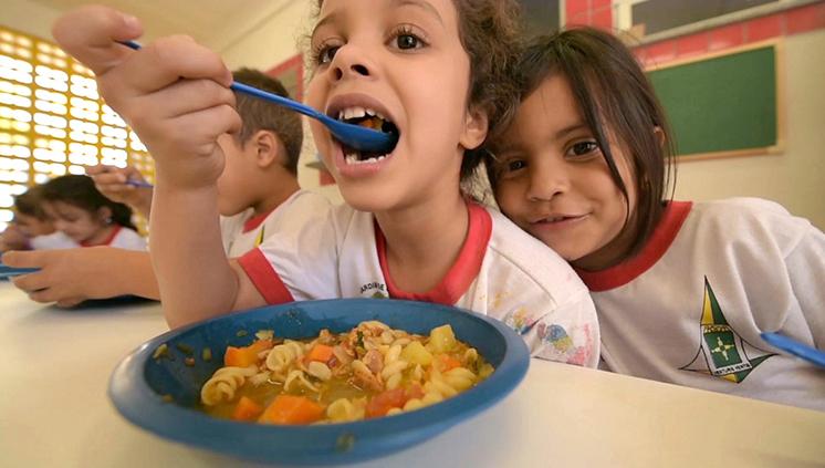 Com app, FNDE incentiva a participação social em iniciativas de alimentação escolar