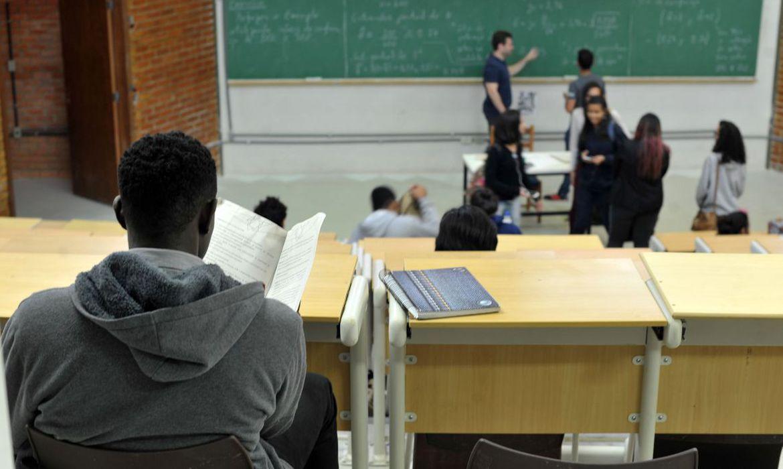 Terminam na sexta-feira (20) inscrições para olimpíada de matemática