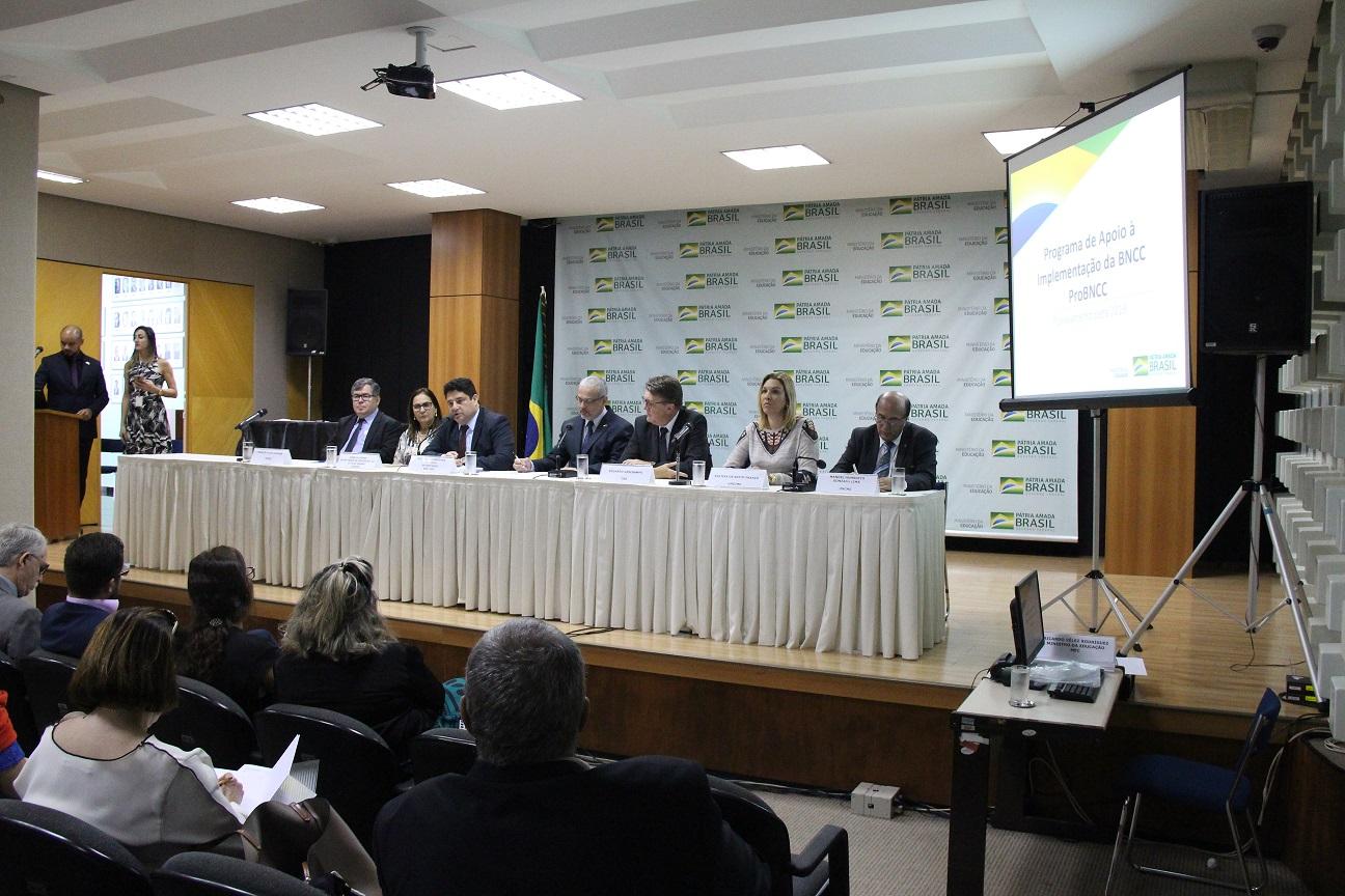 MEC confirma continuidade do Programa de Apoio à Implementação da BNCC