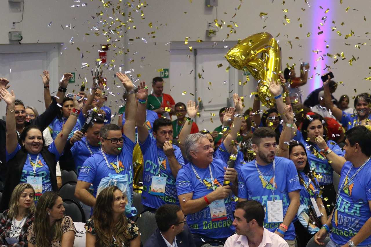 17º Fórum Nacional inicia com alegria e foco em pautas decisivas para a educação