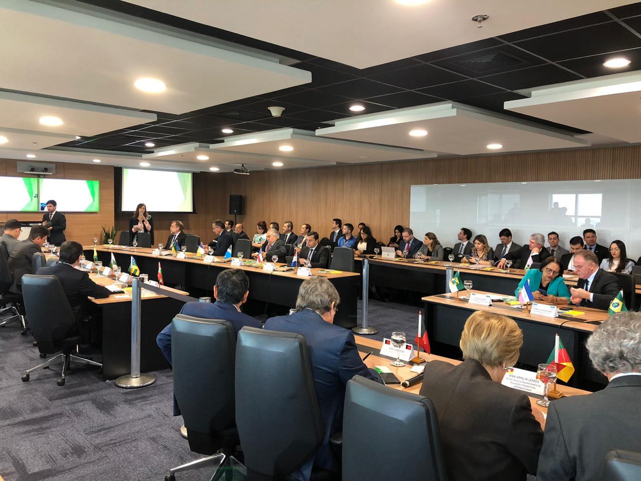 Undime acompanha reunião de governadores sobre o novo Fundeb