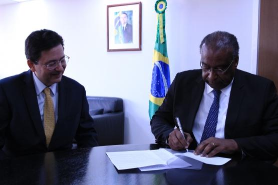 FNDE e Fundaj oficializam cooperação para desenvolvimento da educação no Nordeste