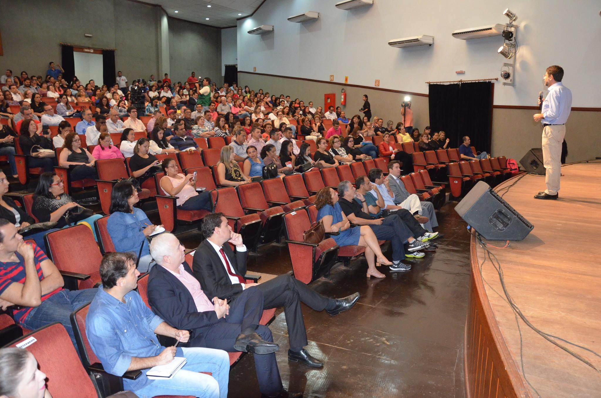 UNDIME/AC participa do Seminário do PNE realizado pelo TCE-AC
