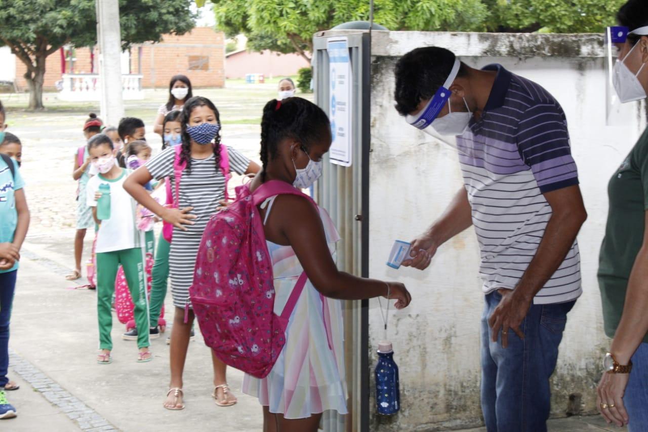 Com adoção de protocolos, redes municipais de educação do Piauí retomam aulas presenciais