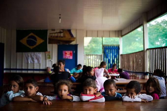 Projeto garante acesso ao ensino fundamental para criança que completará 6 anos
