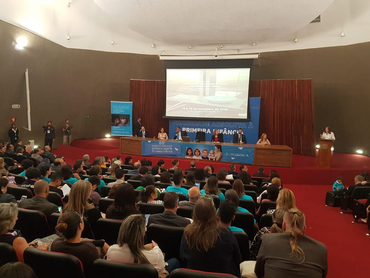 Convenção sobre os Direitos da Criança celebra 30 anos com avanços e desafios