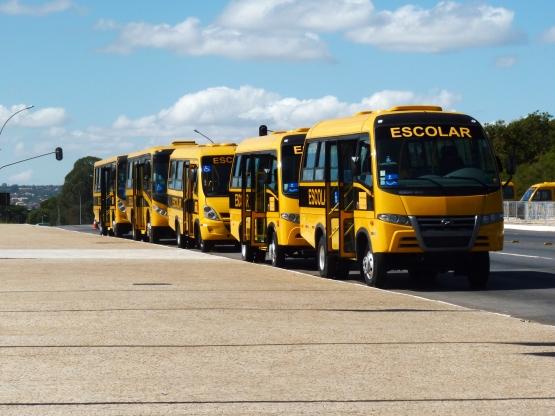 FNDE abre consulta pública para definir especificações de novos ônibus escolares