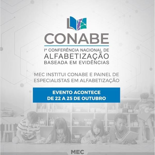MEC institui Conabe e painel de especialistas em alfabetização