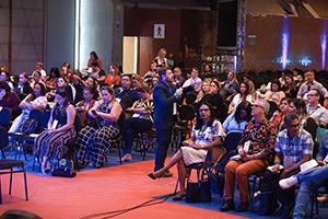 Papel do educador e a gestão de recursos educacionais no centro do debate em Recife