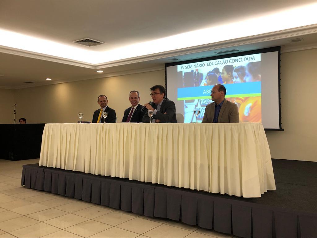 Undime participa de seminário sobre Educação Conectada, em Recife