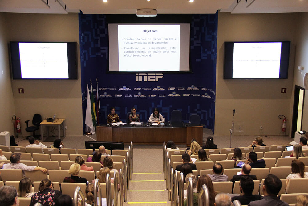 Dados do Saeb são discutidos em seminário promovido pelo Inep em parceria com a Unesco
