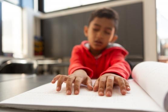 Estudantes precisam devolver livros em braille ao final do ano letivo