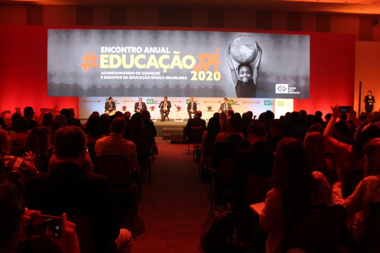 Undime debate Fundeb no Encontro Anual Educação Já!