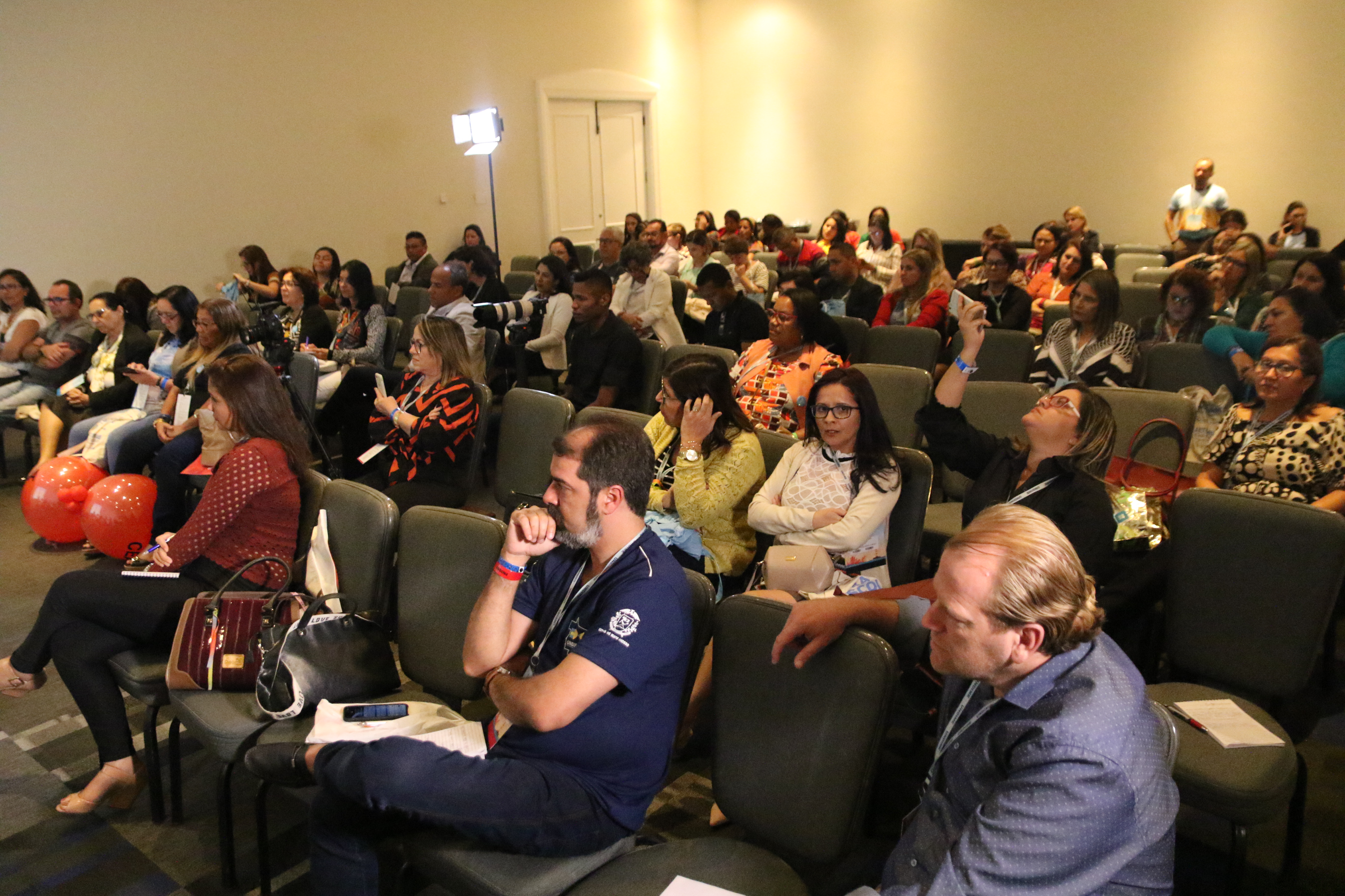 Diálogo entre entes promove qualidade educacional