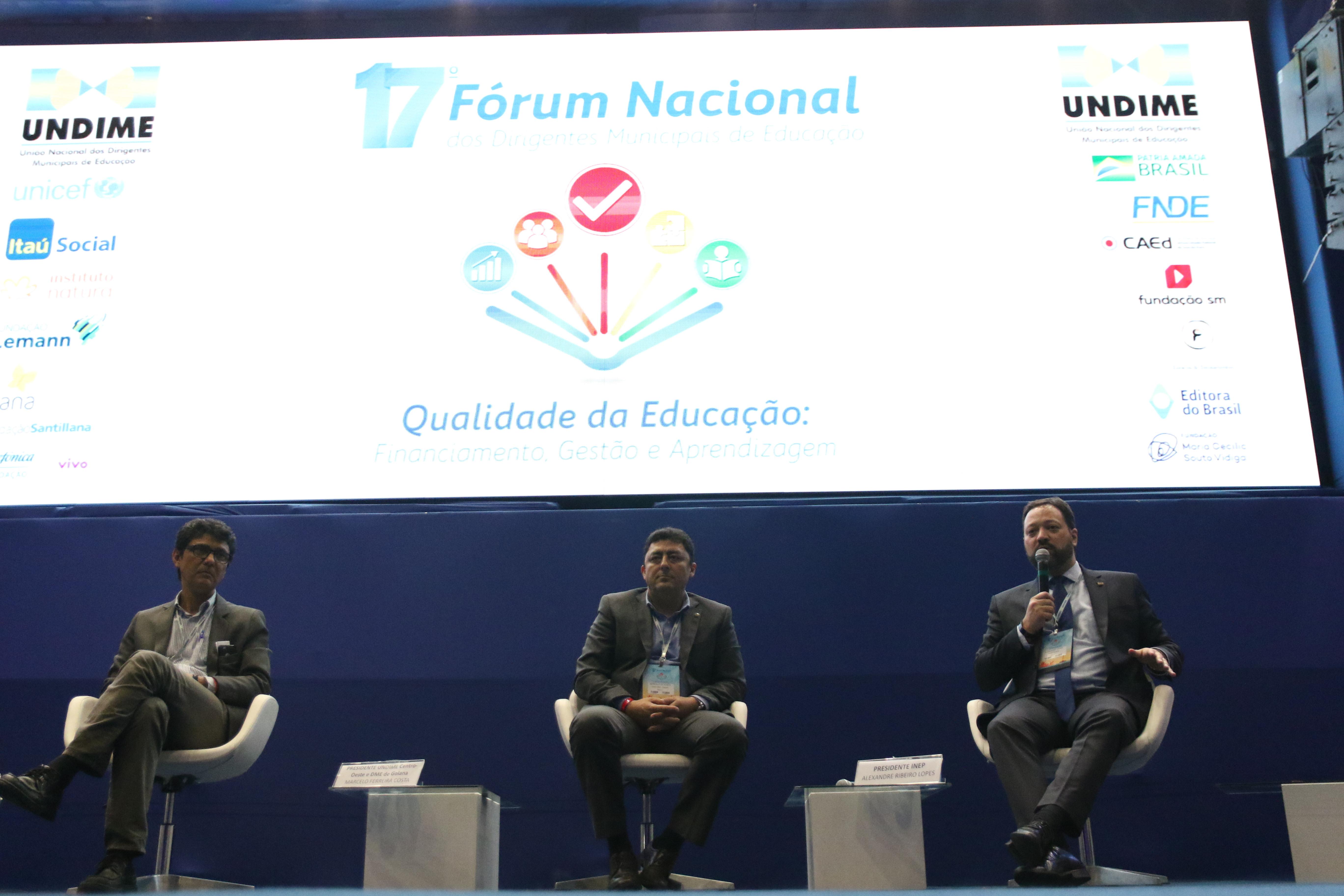 Qualidade na educação é foco de debate durante 17º Fórum