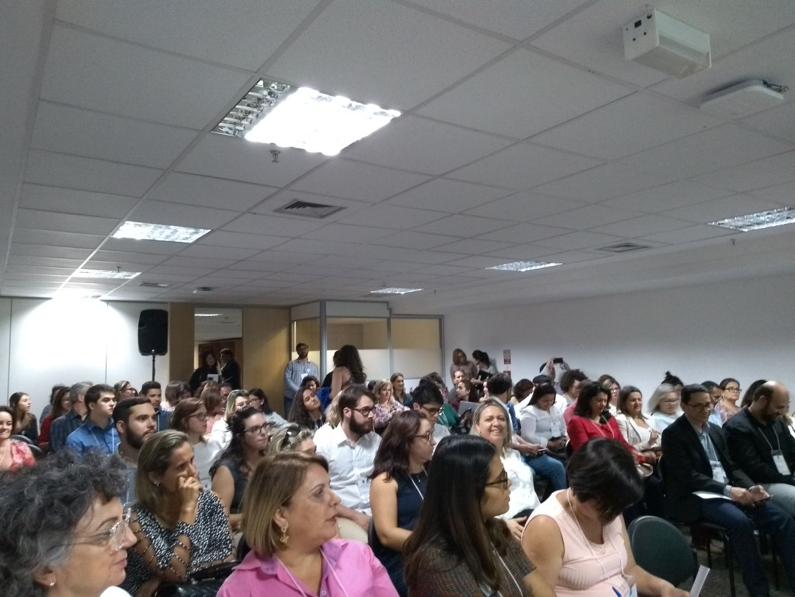 Encontro formativo reúne coordenadores estaduais para discutir sobre a BNCC.