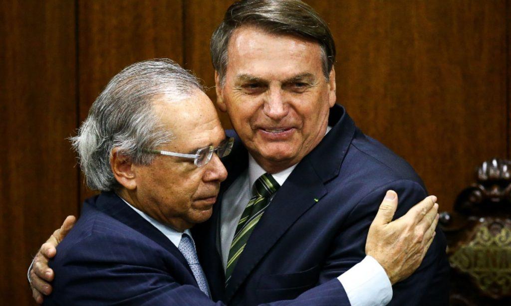 PECs de Bolsonaro colocam em risco ampliação de redes educacionais