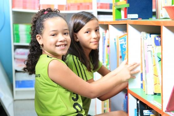 FNDE estende prazos para que as escolas solicitem livros didáticos no sistema de reserva técnica