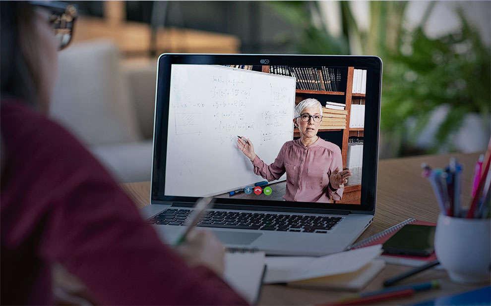 Evento lança cursos gratuitos online sobre transformação digital na Educação e comunicação do professor