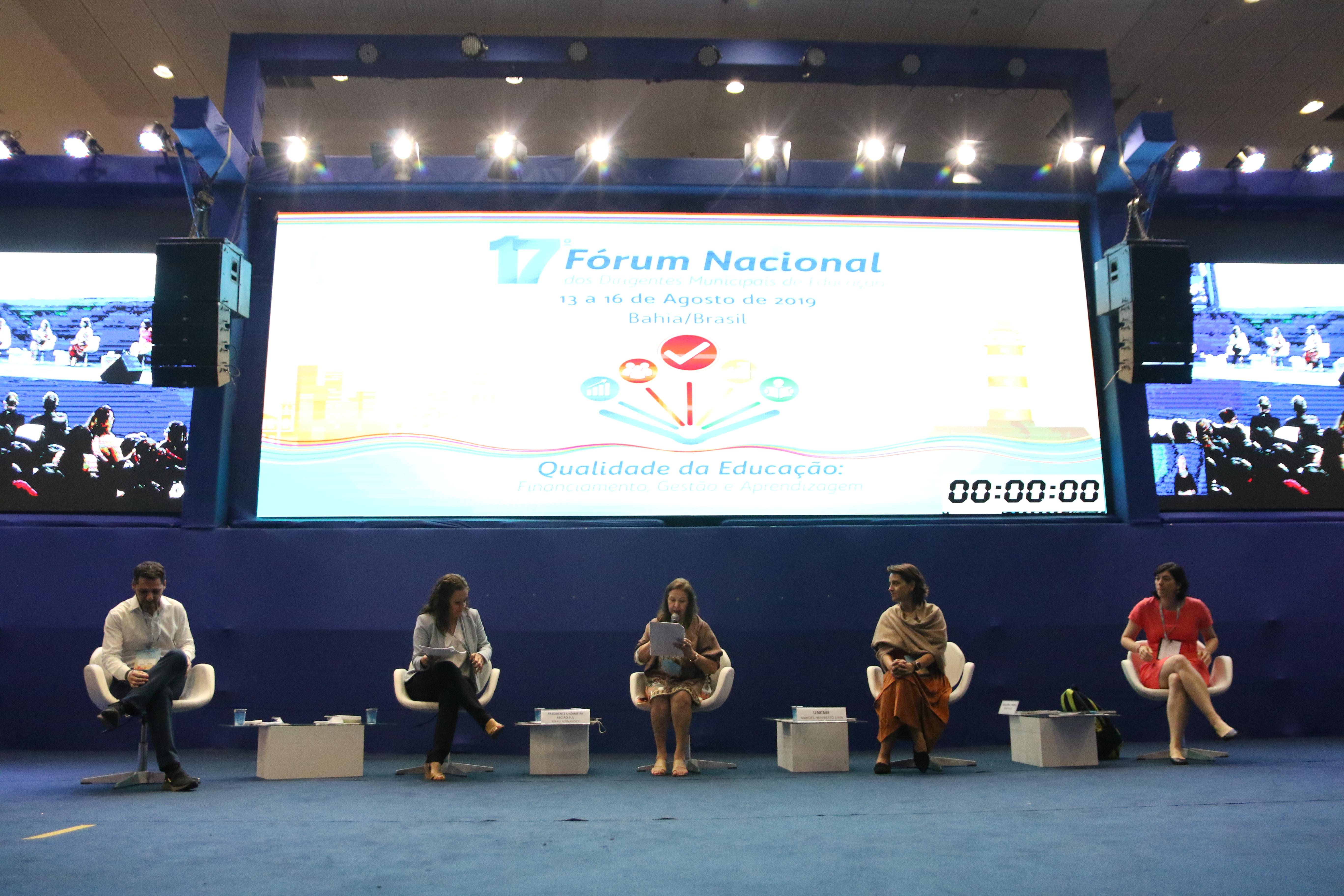 Acesse as apresentações utilizadas pelos palestrantes no 17º Fórum Nacional