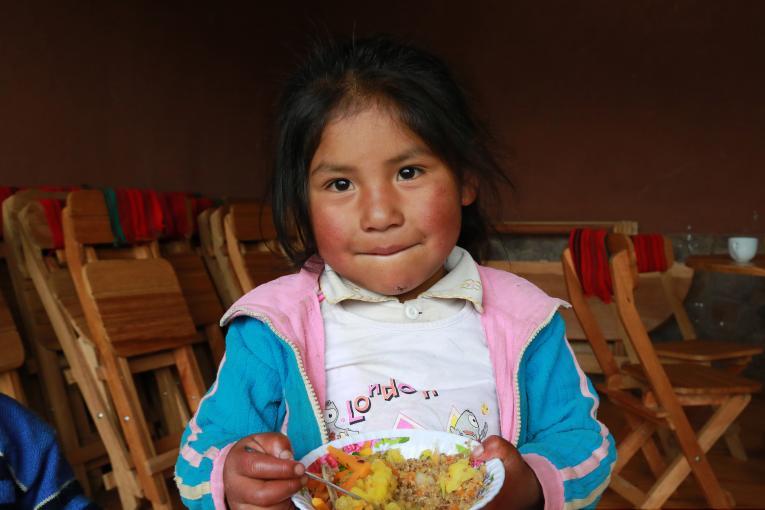 Má alimentação prejudica a saúde de milhões de crianças em todo o mundo, alerta o Unicef