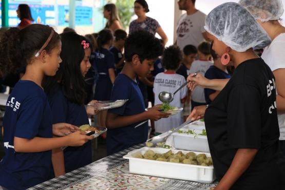 Segunda parcela da alimentação escolar já está disponível nas contas de estados e municípios