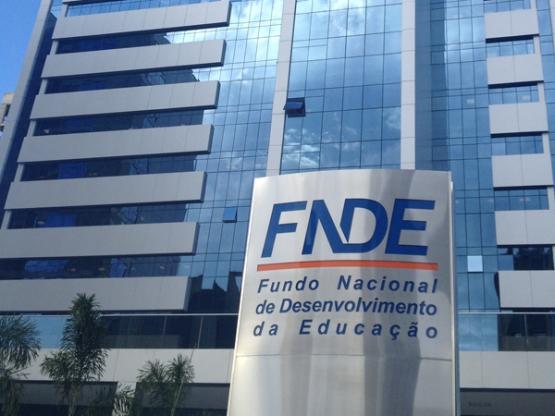 FNDE suspende temporariamente os atendimentos presenciais