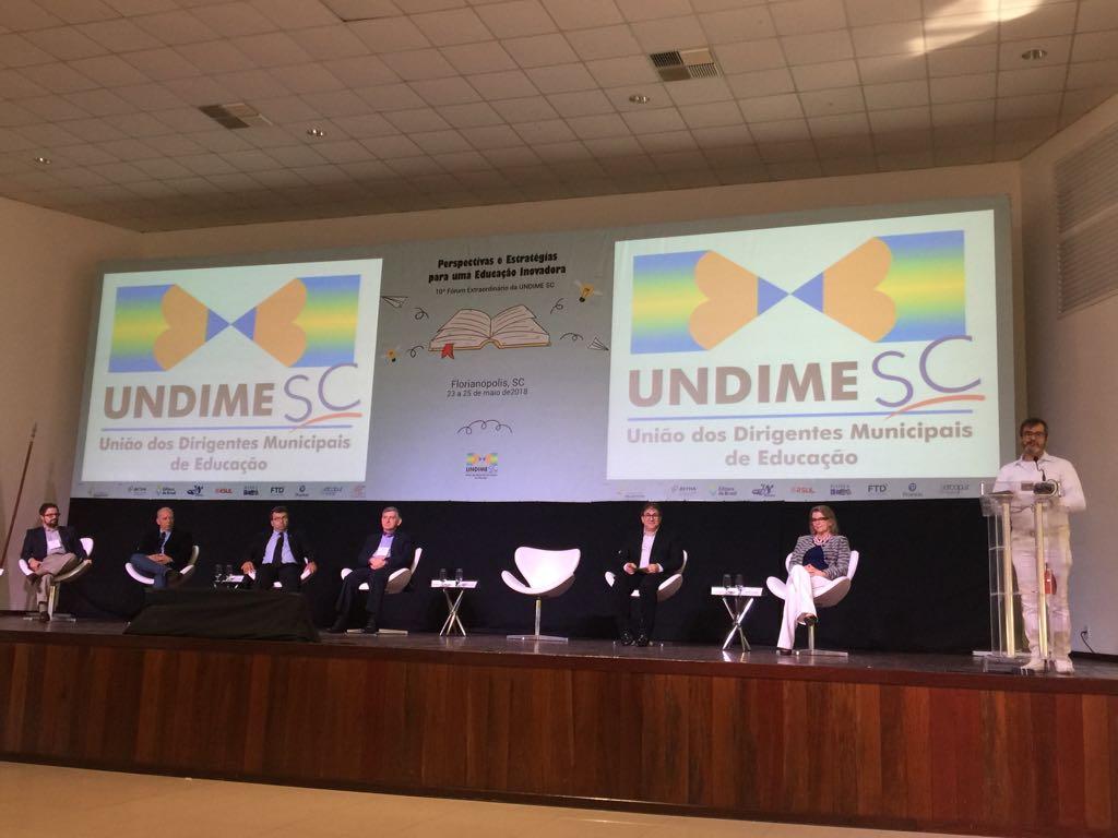 Undime Santa Catarina reúne mais de 400 participantes em fórum extraordinário