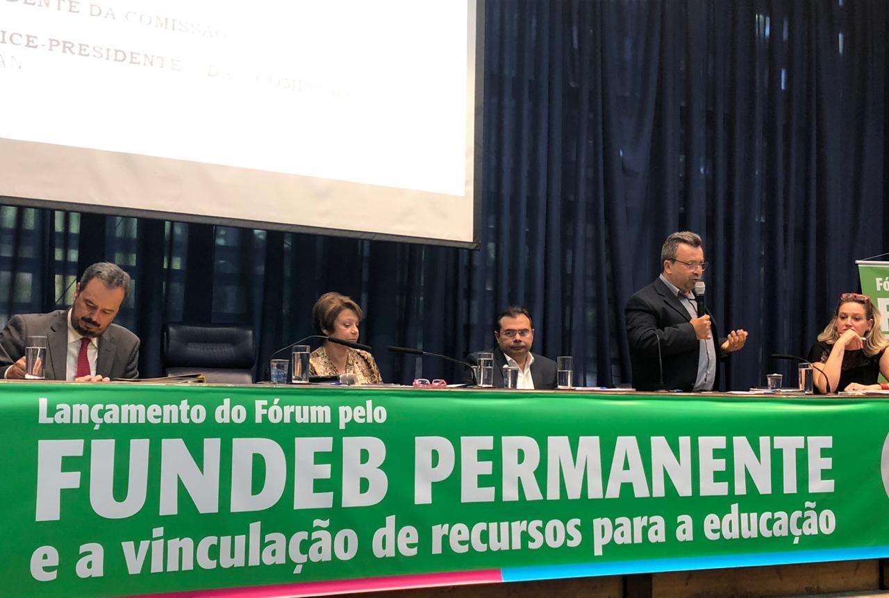 Undime participa do lançamento do Fórum pelo Fundeb permanente e a vinculação de recursos para a educação