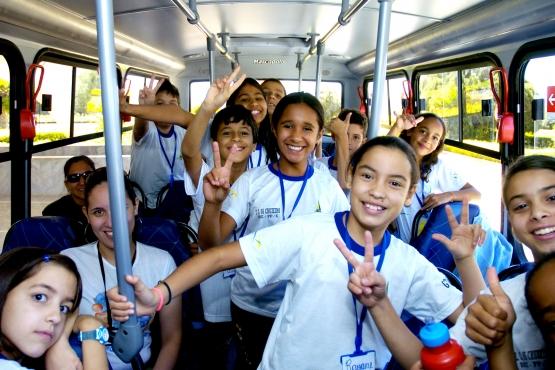 FNDE repassa R$ 489 milhões para alimentação e transporte escolar