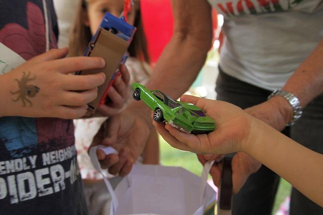 Mobilização incentiva a realização de feiras de trocas de brinquedos durante o mês das crianças