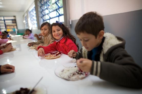 FNDE repassa parcela extra da alimentação escolar no valor de R$ 394 milhões