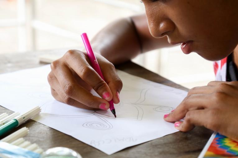 Quase 2 milhões de crianças e adolescentes correm o risco de não voltar às aulas em 2020, alerta Unicef