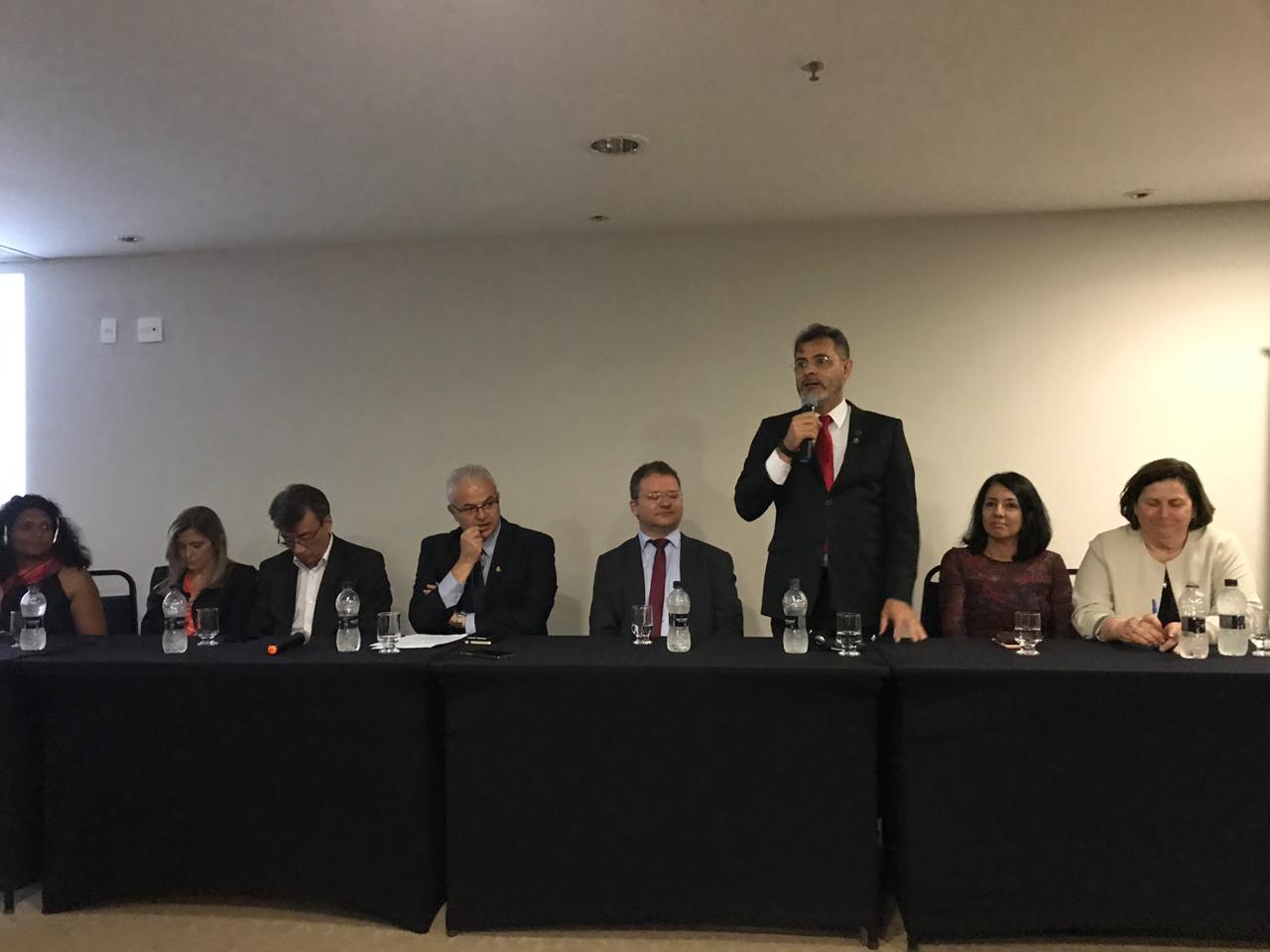 Presidentes estaduais da Undime participam de Seminário Internacional de Avaliação