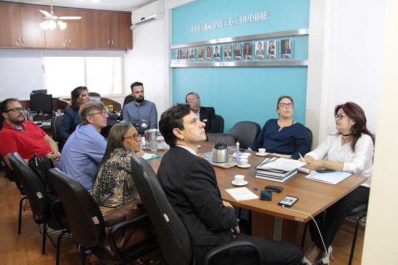 Após eleição, Conselho Fiscal da Undime se reúne pela 1ª vez