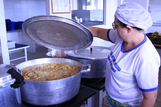 FNDE libera R$ 393,7 milhões para alimentação escolar