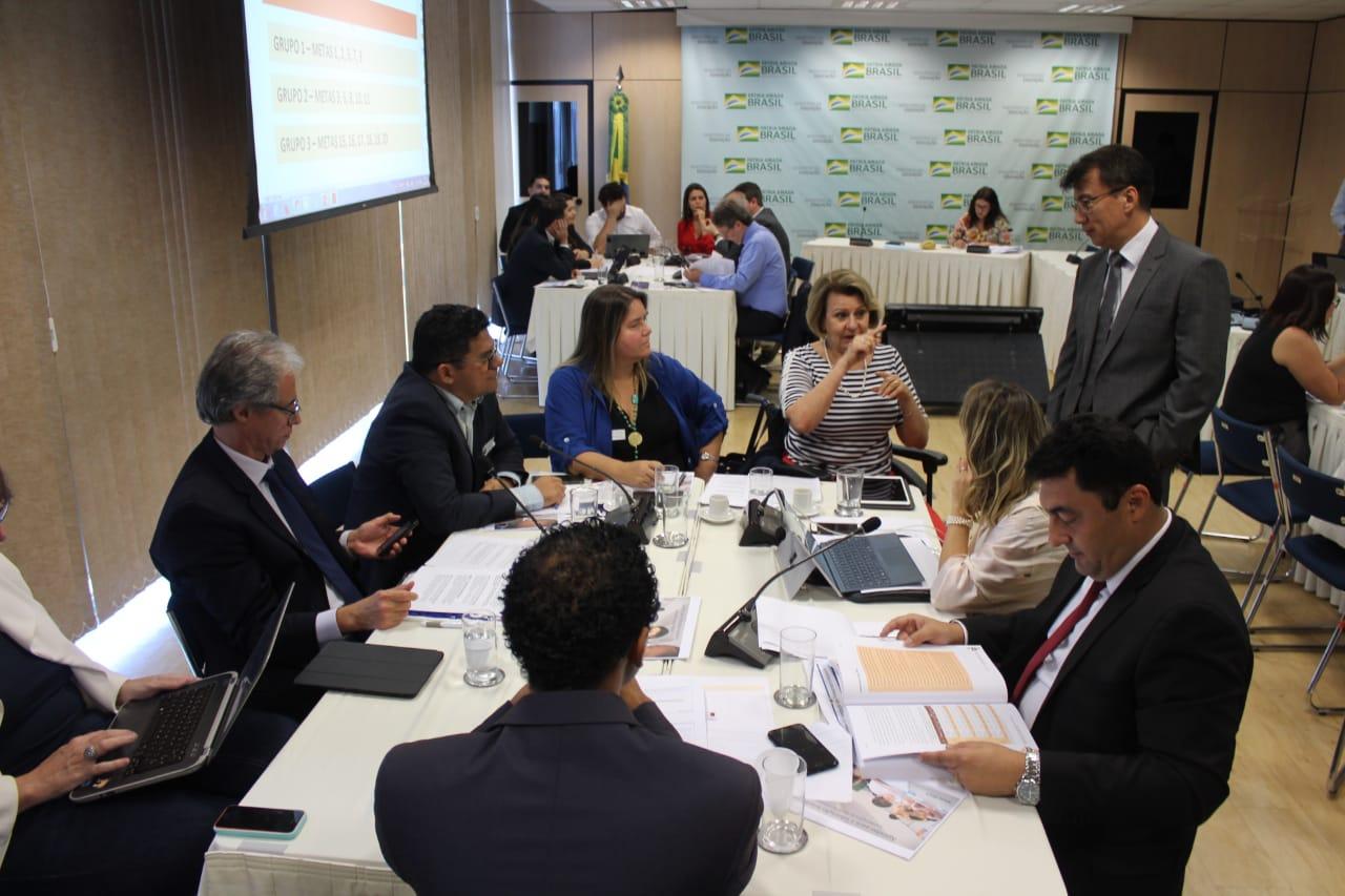 Undime participa de reunião no MEC para debater o Plano Nacional de Educação